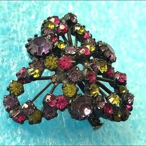 Jewelry - Antique Rhinestone trombone clasp pin brooch old